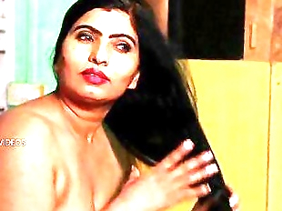 Desi Aunty Tempting Herself In Bathroom & Hot..