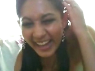 Desi Indian Hot babe on webcam must see - 8 min