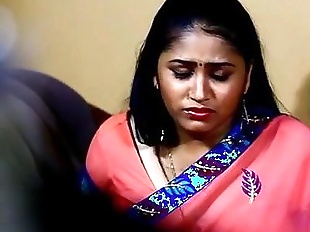 Telugu Hot Actress Mamatha Hot Romance Scane In..