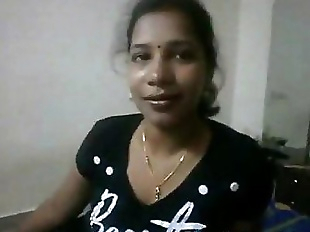 Indian Prostitute Giving Handjob - 3 min