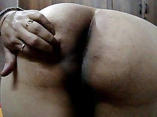 Desi indian wife showing big ass - 42 sec