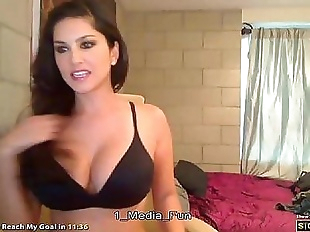 Sunny Leone free webcam freesunnycams.webcam - 8..