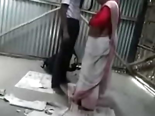 Desi college boy fucking a horny bhabhi in..