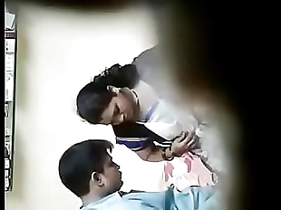 Indian Doctor And Indian Bhabhi sex in clinic..